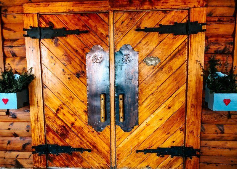Cabin Door Al Johnsons